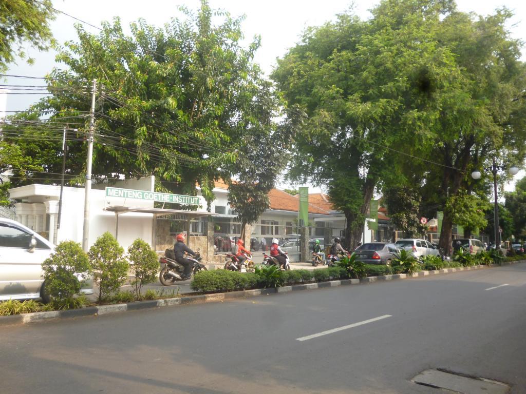Sampingan Format Gubuk Geokku Laman 4 Roda Olah Raga Yuk Dari Goethe Hingga Halte Kwitang Jakarta Pusat